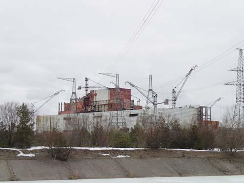 Här pågick bygget av en ny reaktor i Tjernobyl. Den var nästan färdig, men allt avstannade efter olyckan.
