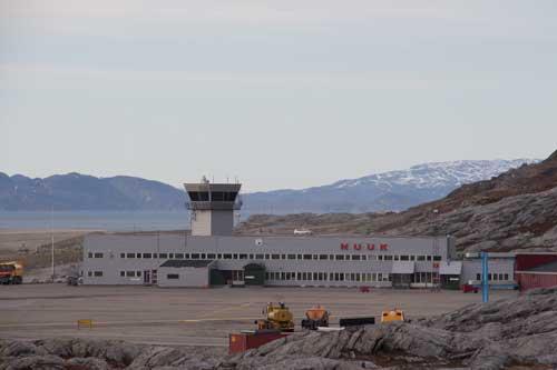 Flygplatsen.