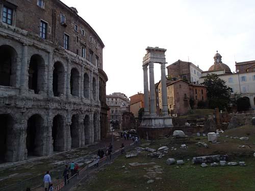 Teater och tempel