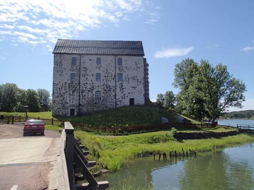 Vy mot slottet när vi lämnade området. Den stora byggnaden är den Norra längan.