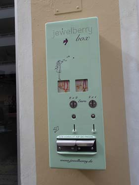 Allt kunde handlas i automater, förutom GC-prylar.