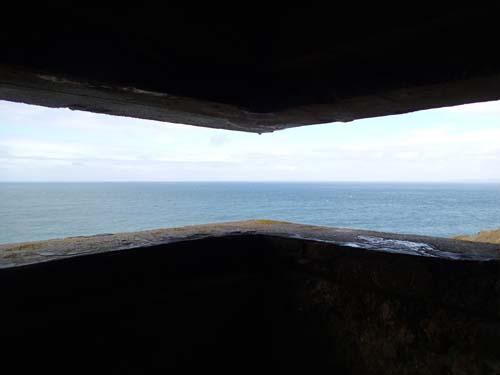 Utsikt över havet inifrån en tysk bunker