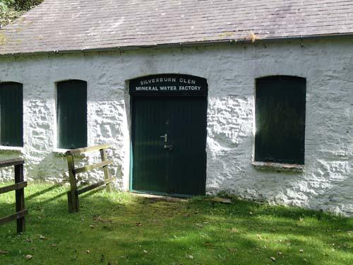 En vattenfabrik från äldre tid!