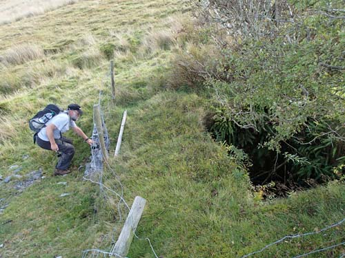 Här kom vi till ett gruvhål, lämpligt för Hallén tyckte någon....