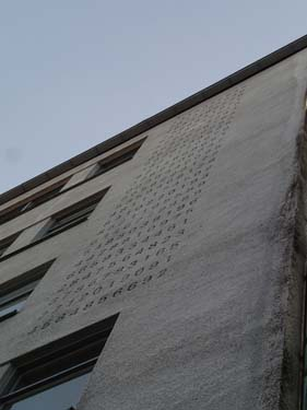 Pi - helt uppåt väggarna!