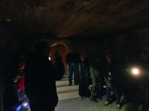 Besök i slottets äldsta källare!