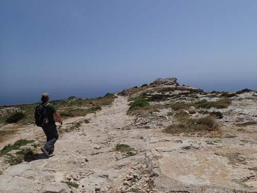 På väg till en bronsåldersbosättning.