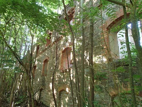 En imponerande ruin vi träffade på utmed vägen.