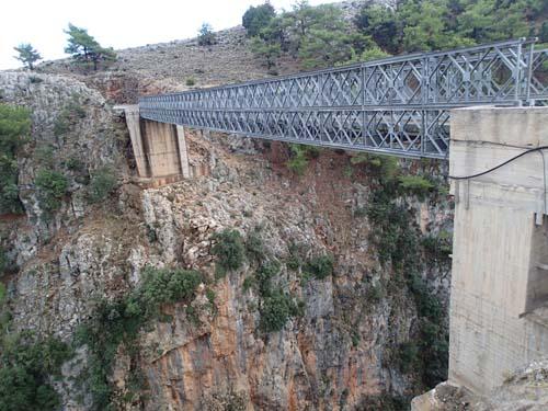 Spännande bro!