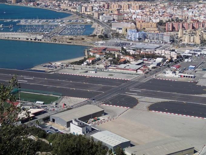 Vy över Gibraltars flygplats