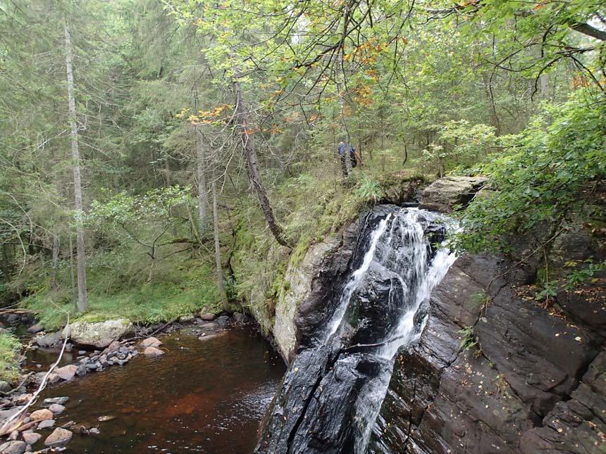 Ett vattenfall, men ingen burk hittades och ingen ville bada!